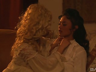 Lusty duchess Carmen Luvana is interested in corroding wet pussy of her beauty