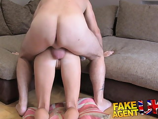 FakeAgentUK Mini UK babe tries principal grow older anal