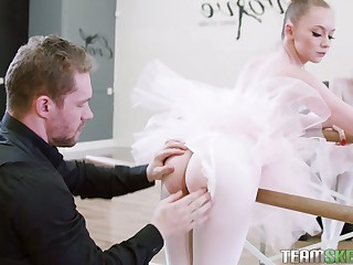 Nice prima donna Athena Rayne gives a blowjob in bride pose and takes a cock in pinkish aperture