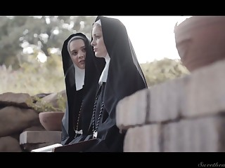 Horny nun Kenna James thirsts to eat wet pussy in a difficulty evening