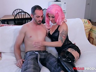 Tattooed slut in pink wig Dorothy gives her head before hardcore anal sex