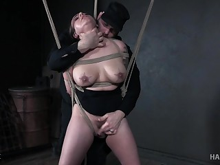 Tattooed babe Tori Avano gets her cunt punished with toys