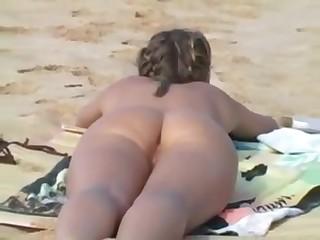 Teen flashing at the beach