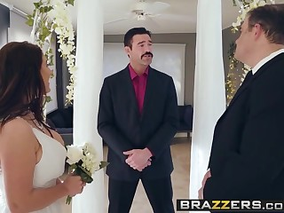 Brazzers - Real Wife Stories -  Its A Wonderful Sex Delimit sce