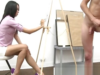 Amateur guy plays with his cock up ahead of cfnm babes