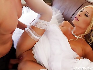 Marvelous, towheaded bride, Tasha Reign can not obtain married unless she smashes her paramour 1 more time
