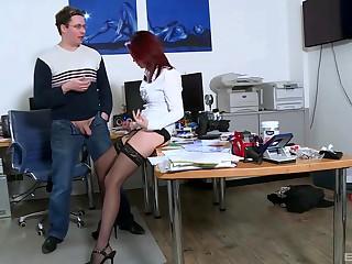 Double penetration can surrejoinder Natalie Hot's sexual desires