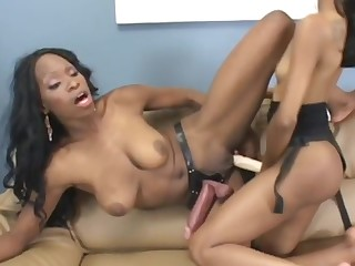 black lesbians madison and alana