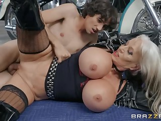 Young guy Ricky Spanish fucked aged biker Sally D'Angelo