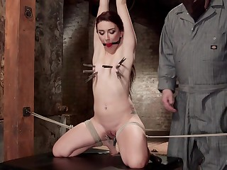 Redhead girl Mandy Muse with fabulous ass loves to be tortured
