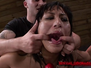 Rough throes together with bdsm is amazing experience be incumbent on constrained Mia Little