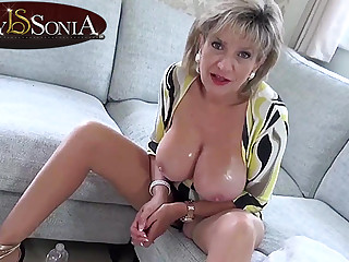 Hot JOI from steaming-hot mommy Little one Sonia
