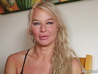 Laughing blonde MILF London River is ready to share say no to porn skills