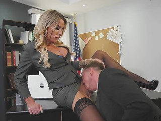 Killing hot transgender chief Marissa Minx is gender employee