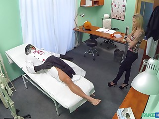 Dampness scenes of merciless sex encircling a young patient