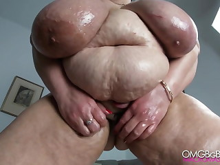 Russian mama with huge tits, intestines and fat pussy