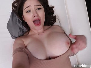 Full-Breasted Amateur Coitus With Daunting Juggs - Alyx Star