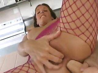 Well-endowed MILF toying and fingering