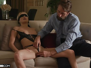 Erotic coition with blindfolded blonde bombshell Misha Mynx